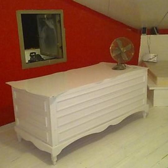 שולחן לבן